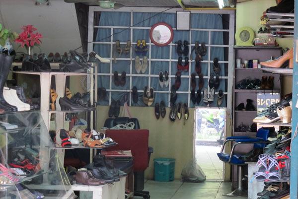 Amitie (Shoes Shop)