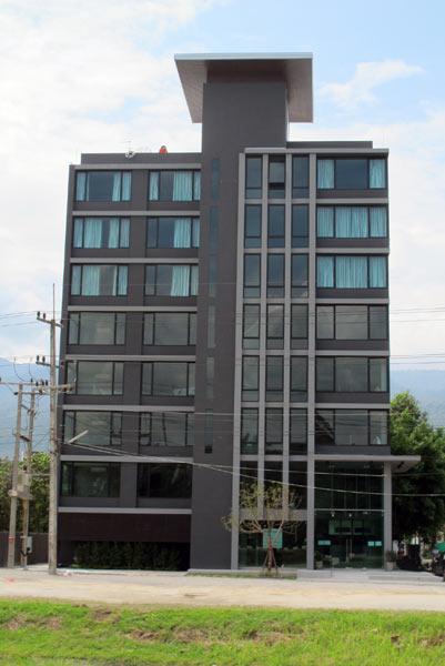 B2 Hotel (Canal Rd)