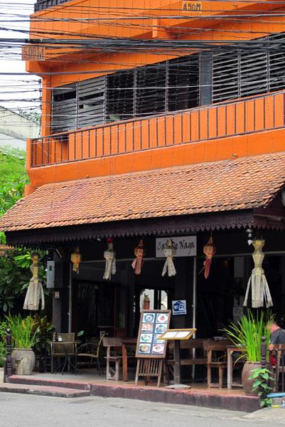 Cafe De Naga