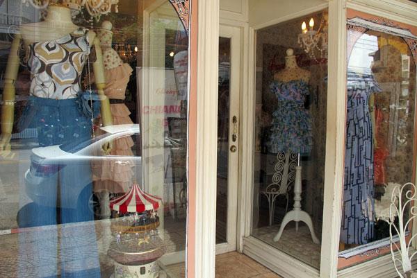 Caroussel Clothes Shop