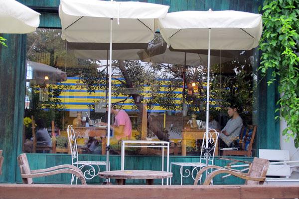Chiang Mai Coffee (@DK Book Store)
