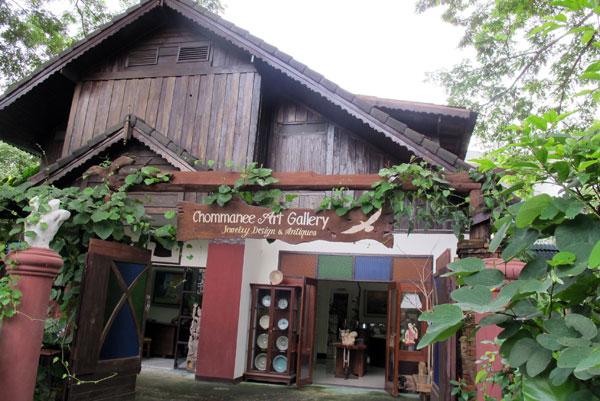 Chommanee Art Gallery