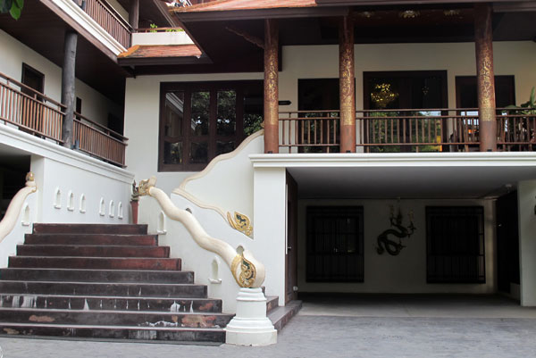 De Naga Hotel