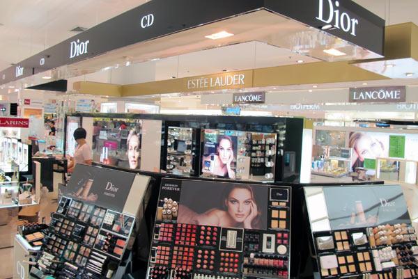 Dior @Robinson @Central Airport Plaza