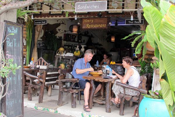 Henry Restaurant