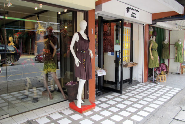 Heritage (Silk & Cotton Clothes Shop - Thapae Rd)