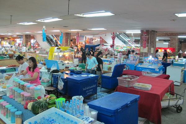 Kad Muang Traditional Bazaar @Kad Suan Kaew