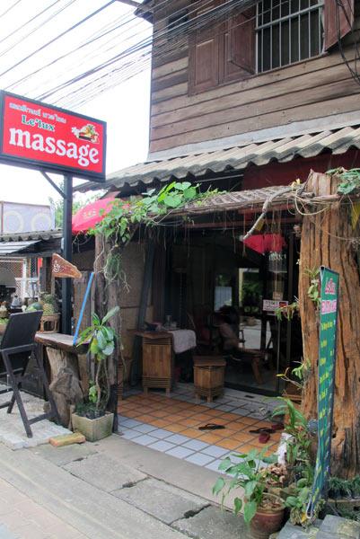 Le'Lux Massage (Moon Muang Soi 6)