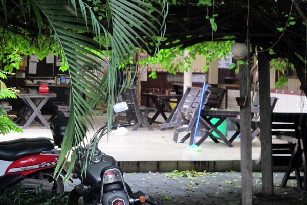 Lek Guest House