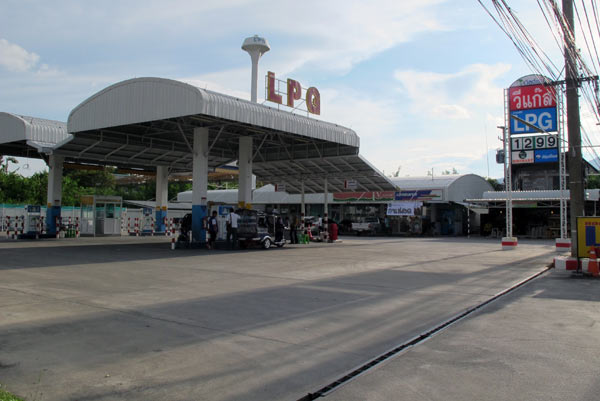 LPG Gas Station (Chiang Mai - Lampang Superhighway)