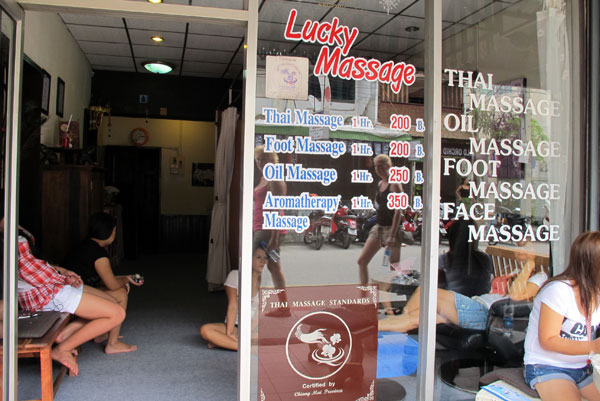 Lucky Massage (Loi Kroh Rd)