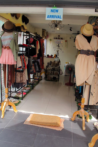 New Arrival Clothes Shop (Branch 2)