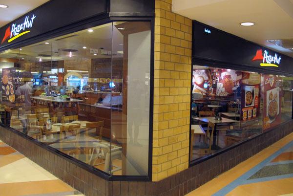 Pizza Hut @Central Airport Plaza