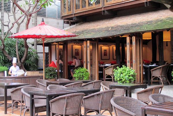 Ruen Tamarind Restaurant @Tamarind Village