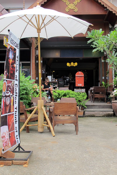 The old chiang mai cafe chiang mai for Classic house chiang mai