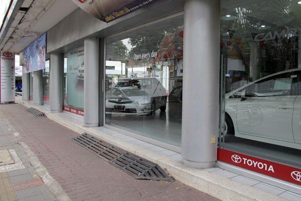 Toyota (Ratchadamnoen Rd)