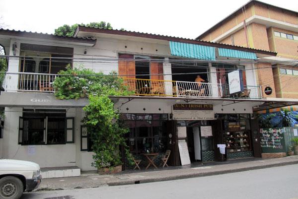 U.N. Irish Pub