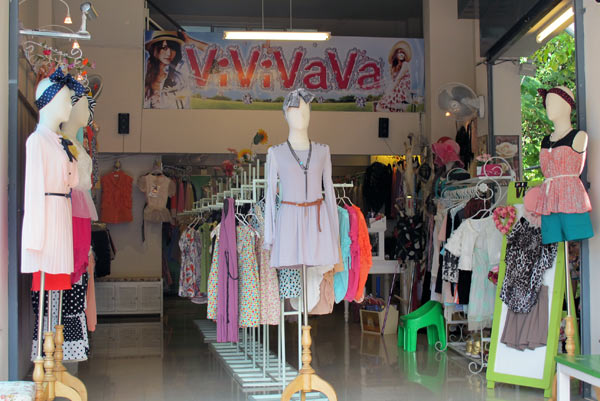 Vivivava (Clothes Shop)