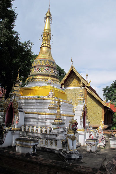 Wat Chaimongkol' photos