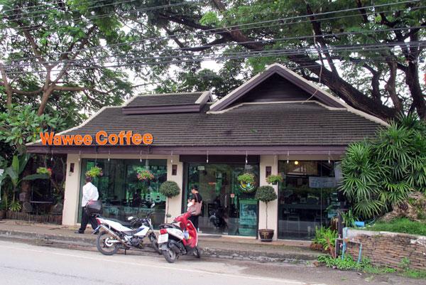 Wawee Coffee (Charoenraj Rd)