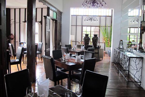 Weaves Restaurant (@Manathai Village)