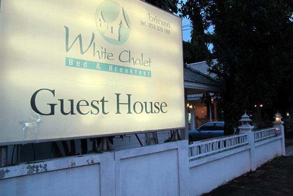 White Chalet Bed & Breakfast