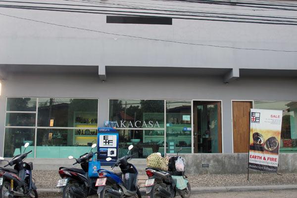 Aka Casa (Charoenraj Rd)