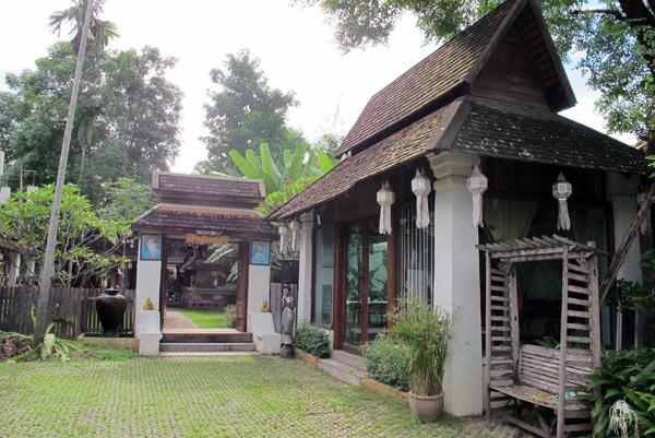 Baan Singkham Resort