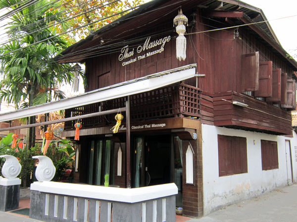 Classicak thai massage chang thai house chiang mai for Classic house chiang mai