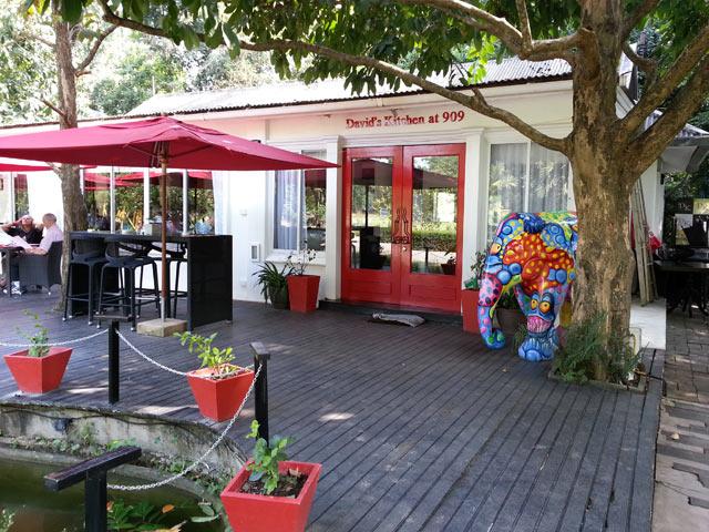 David's Kitchen @909 Restaurant & Wine Bar