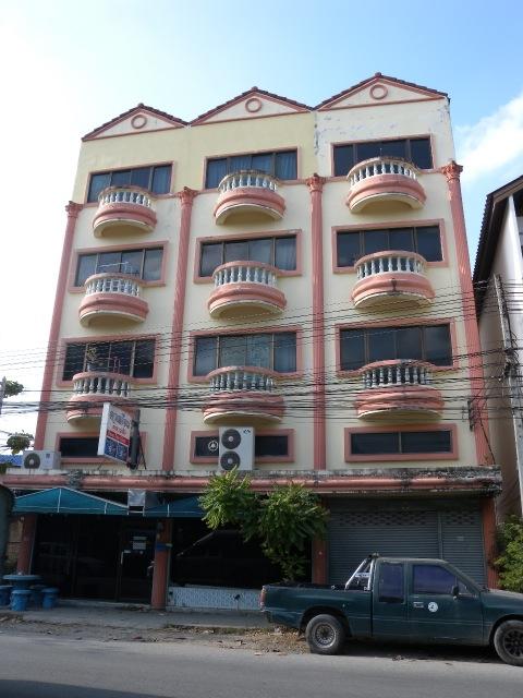 Duang deun classic chiang mai for Classic house chiang mai