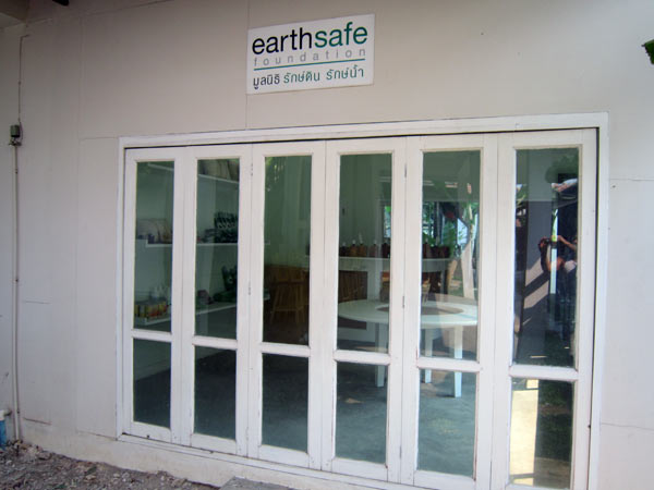 Earth Safe Foundation @JJ Market