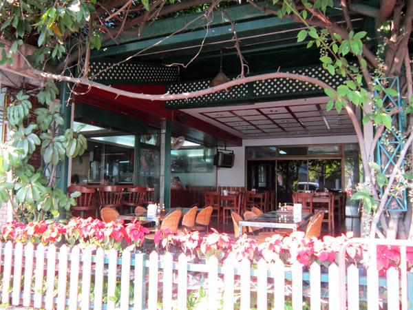 Fai Bakery & Restaurant