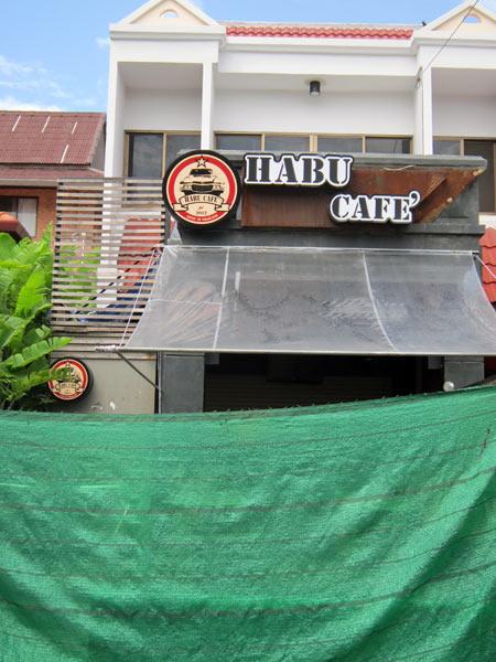 Habu Cafe'