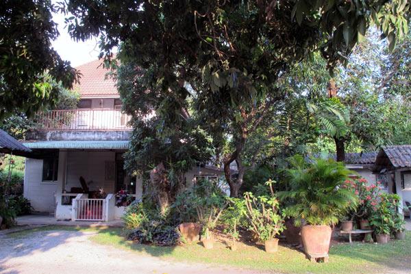 Internal Medicine Chiang Mai Vachara Clinic (Charoenrajd Rd)