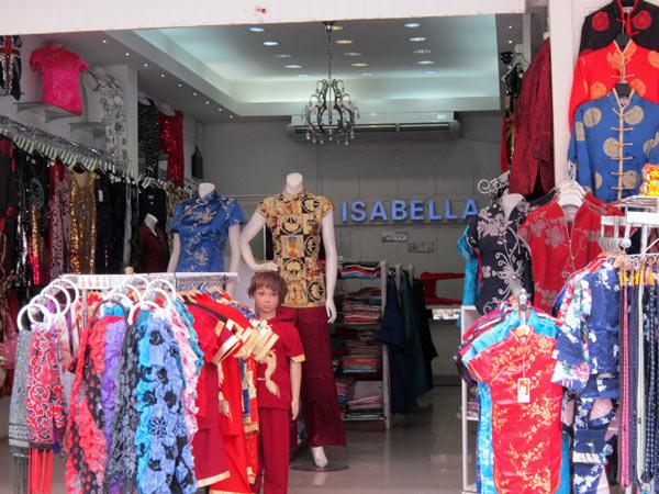 ISABELLA @Kalare Night Bazaar
