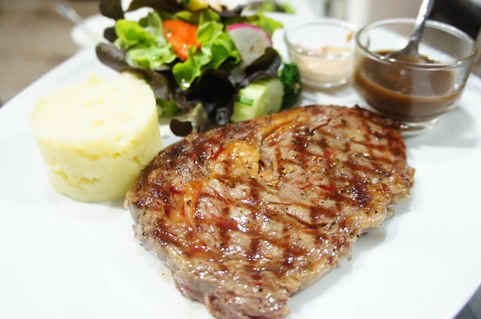 Let it be Steak House