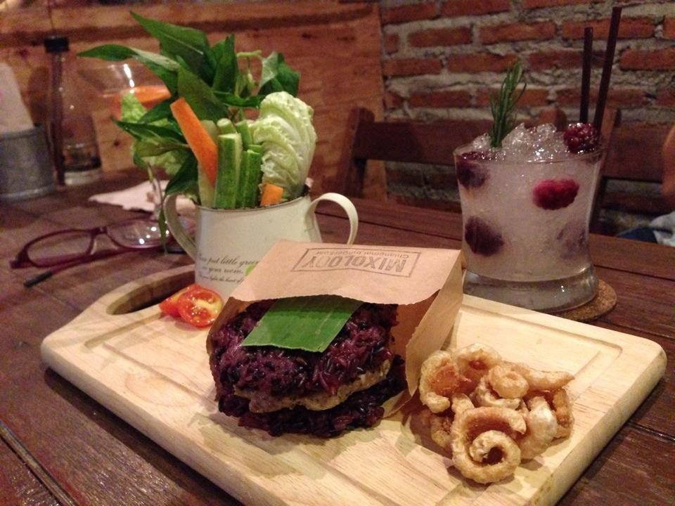 Mixology Burger and Bar