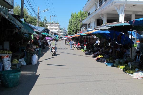 Muang Mai Market