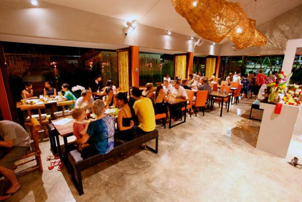Nic's Restaurant & Playground