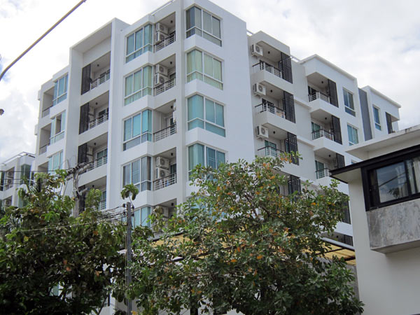 One Plus Condo (Mor Cho) Huay Kaew