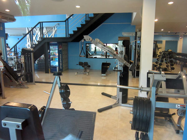 Powerhouse Gym Fitness Centre @Punna Place Nimman Soi 6