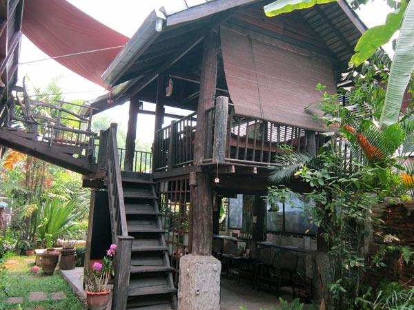 Sai Thong Guest House