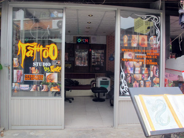 Tattoo studio by gap chiang mai for Tattoo shops studio city