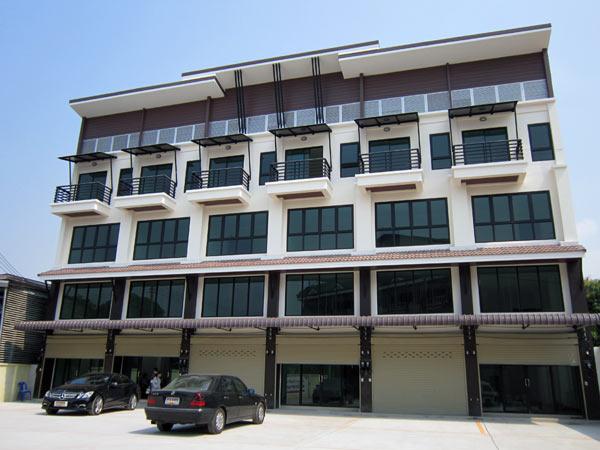 The Society Plaza @Muang-Mai Market