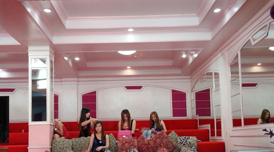 Soapy massage parlours in chiang mai for Classic house chiang mai massage