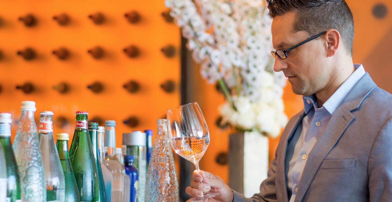 Martin Riese water sommelier water drinking expert
